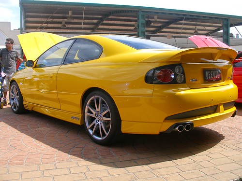 holden vx monaro gto looks pretty good from this angle