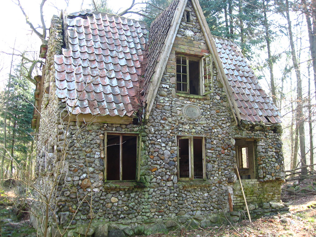House made of stone in the forrest of denmark the story for House of granite and marble
