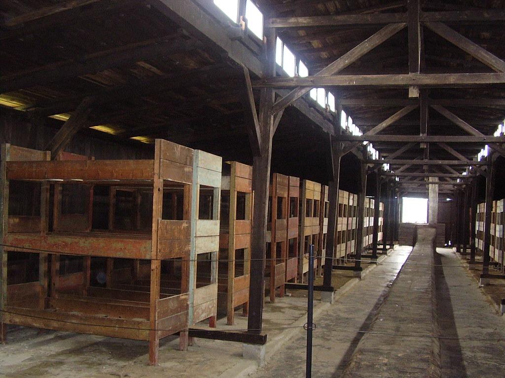 Dormitorio En Auschwitz Birkenau Polonia Bedroo