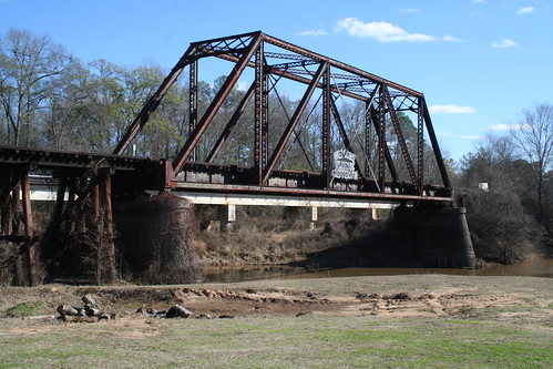 Bridge in jefferson texas the old railroad bridge over for Texas bridge series