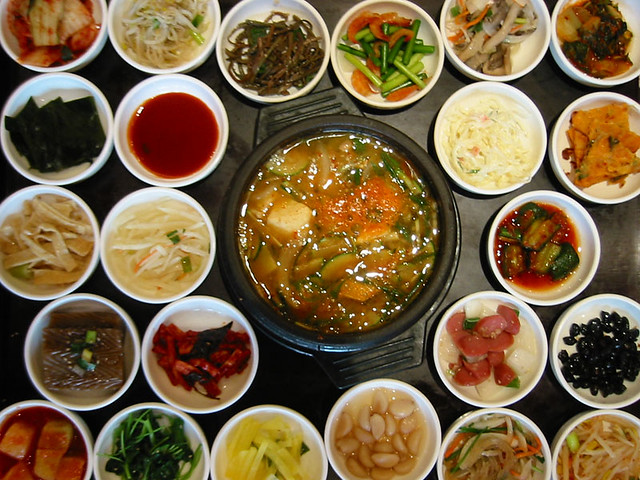Traditional Korean Food  Main Soup Dish and 23 sides to nib…  Flickr