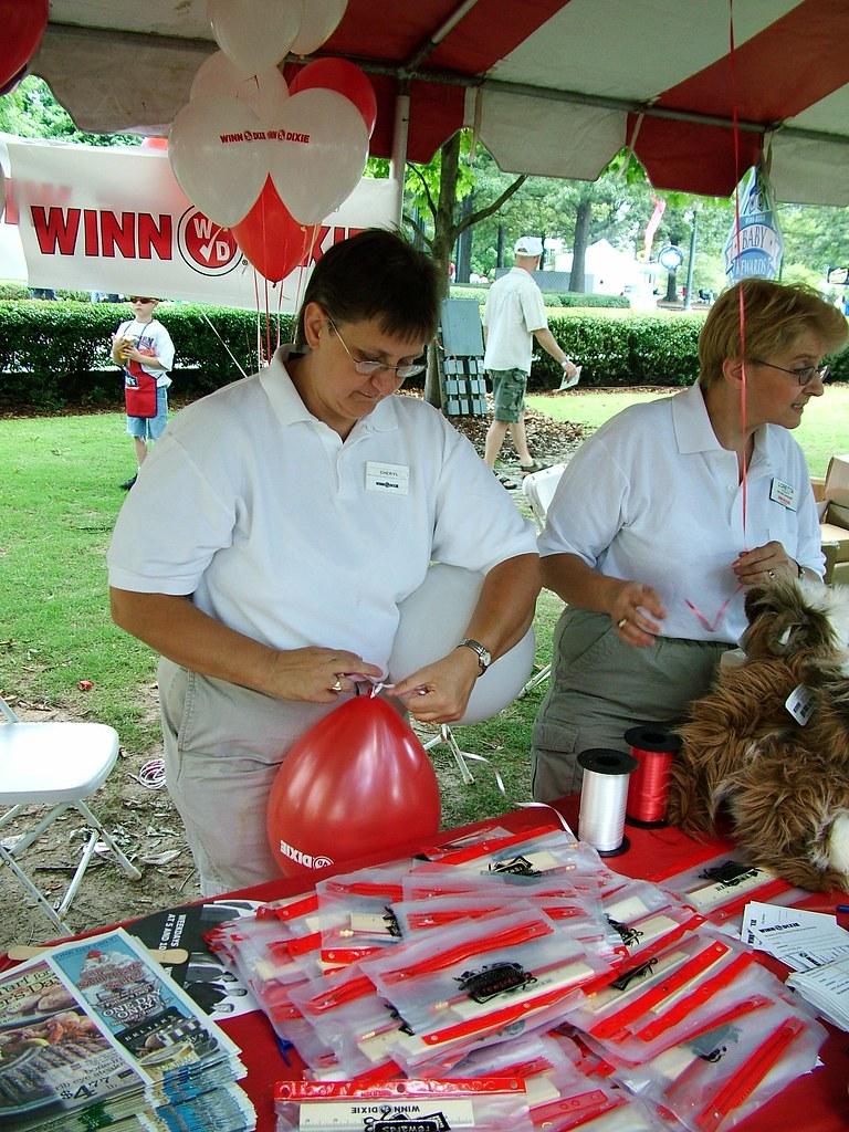 Winn Dixie S Traditional King Cake Florida