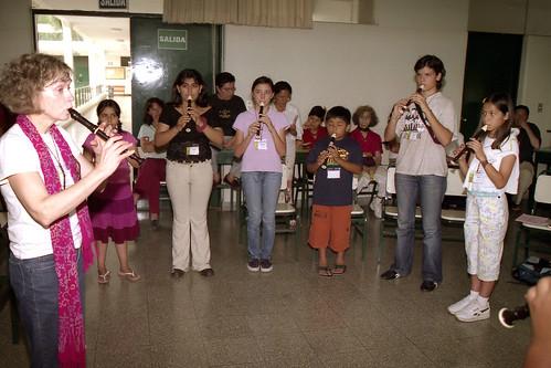 Modern Classroom Recorder By Suzuki ~ Recorder group class suzuki music peru