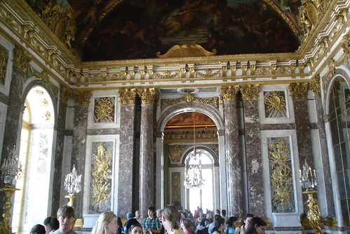 how to get to palace of versailles by metro