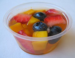 Juice gelatin fruit cup for packed lunches | by Biggie*