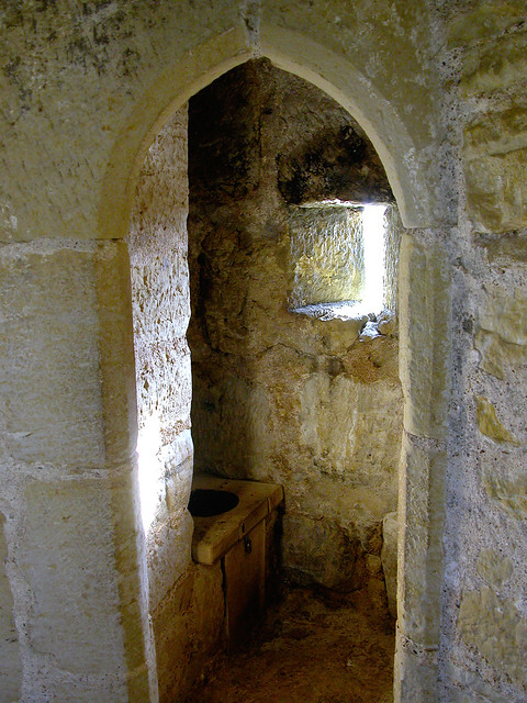garderobe medieval type toilet don 39 t try drinling the