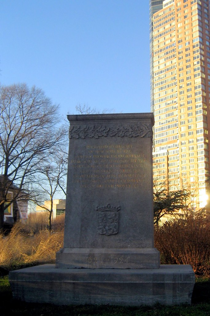 Nyc Battery Park Walloon Settlers Memorial This