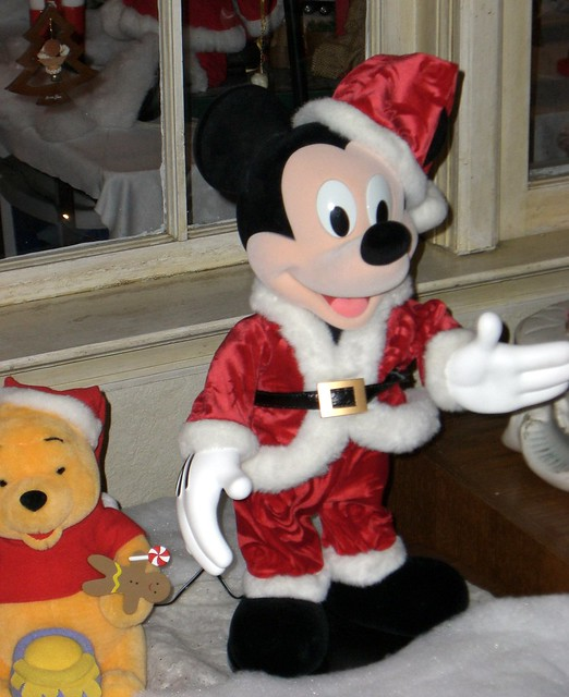 Mickey Mouse Xmas Coloring Pages