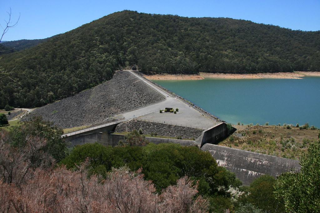 The Upper Yarra Reservoir Dam Wall | The dam wall of the ...