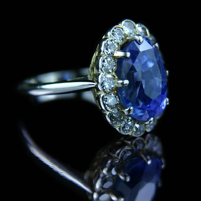 5ct Sapphire with brilliant cut diamond ring | A HUGE ...