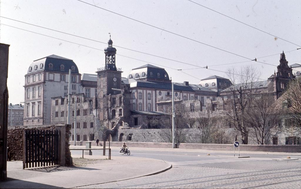 Schlossruine zu darmstadt 1956 the castle of darmstadt for Action darmstadt