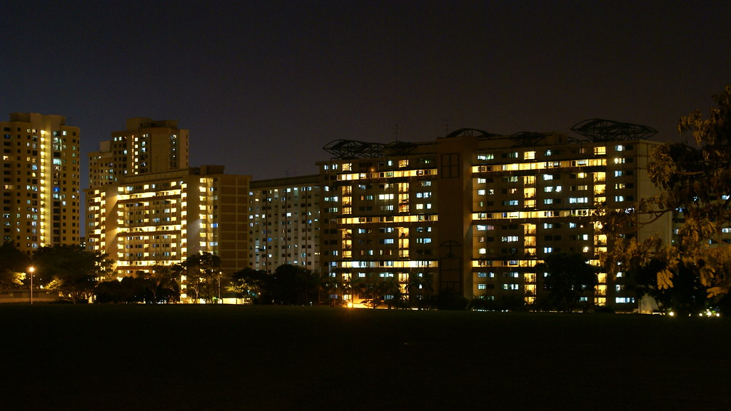 Night Shot Of Singapore Apartment Blocks Alex Ch Flickr