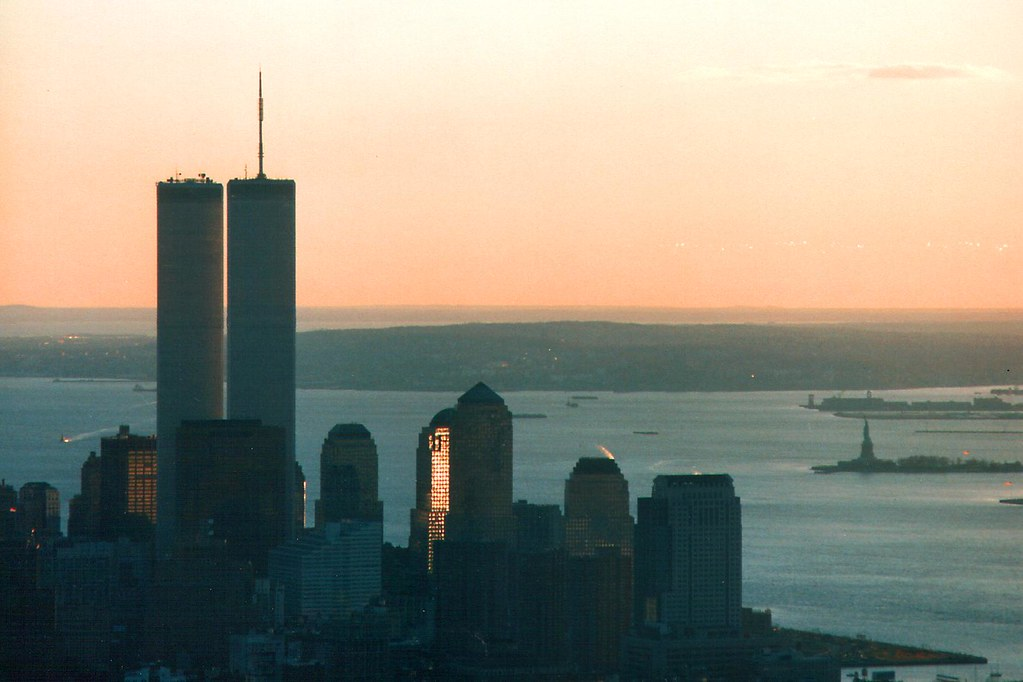USA - New York - Skyline at sunset pre 9-11 | World Trade ...