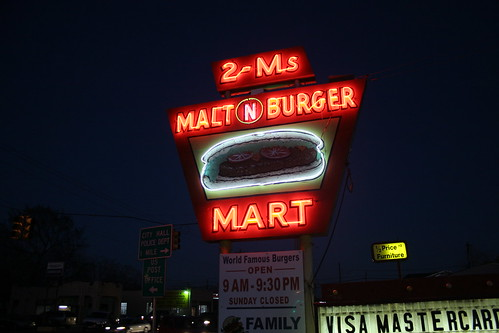 2-ms malt n burger mart neon sign at night | by Exquisitely Bored in Nacogdoches