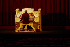 Wurlitzer organ | by Ian Riley [on the right side of the fence]
