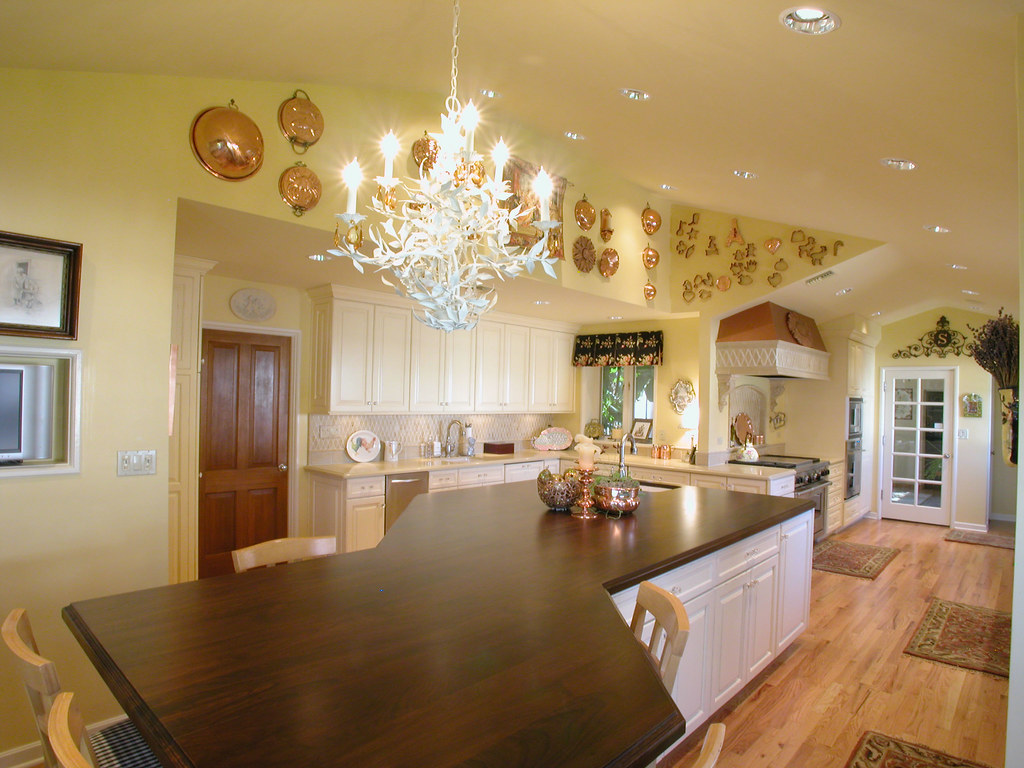 Country Kitchen Island Lighting Ideas