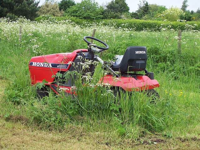 Riding Lawn Mower With Pto : Honda riding mower eh this is what quot that s a