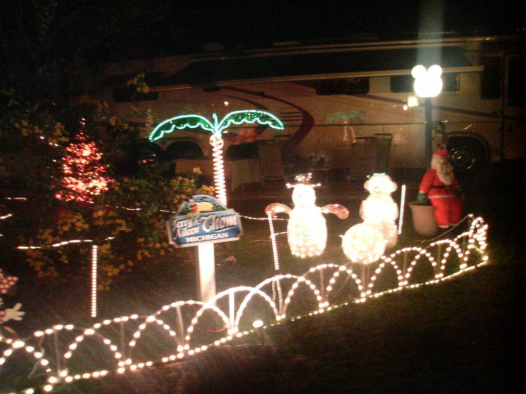 Trailer Christmas Lights, Fort Wilderness Campground, Walt ...