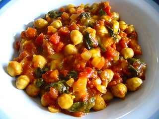 Chickpea and Spinach Curry | by lindrusso