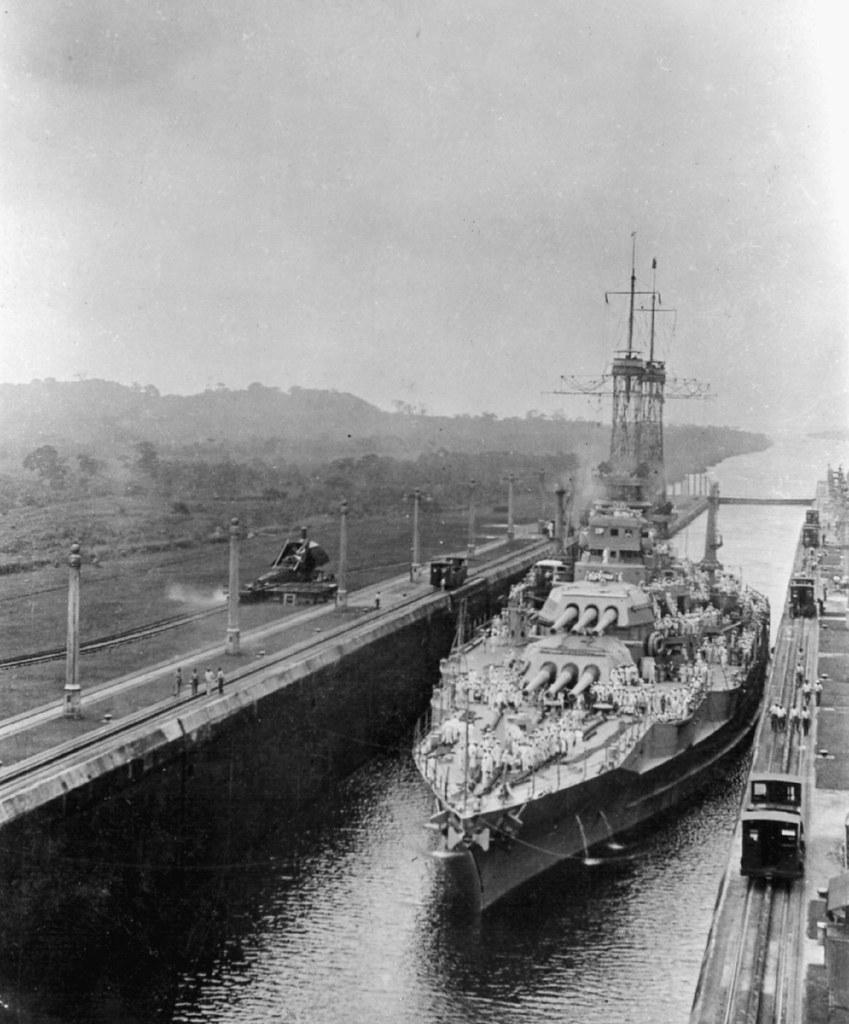 USS Arizona - Panama Canal | USS Arizona passes through