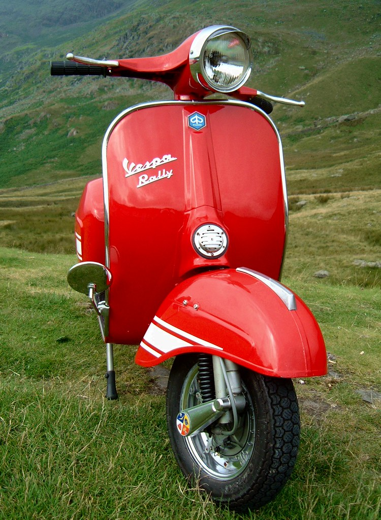 red vespa rally at kirkstone pass 3 red vespa rally 200. Black Bedroom Furniture Sets. Home Design Ideas