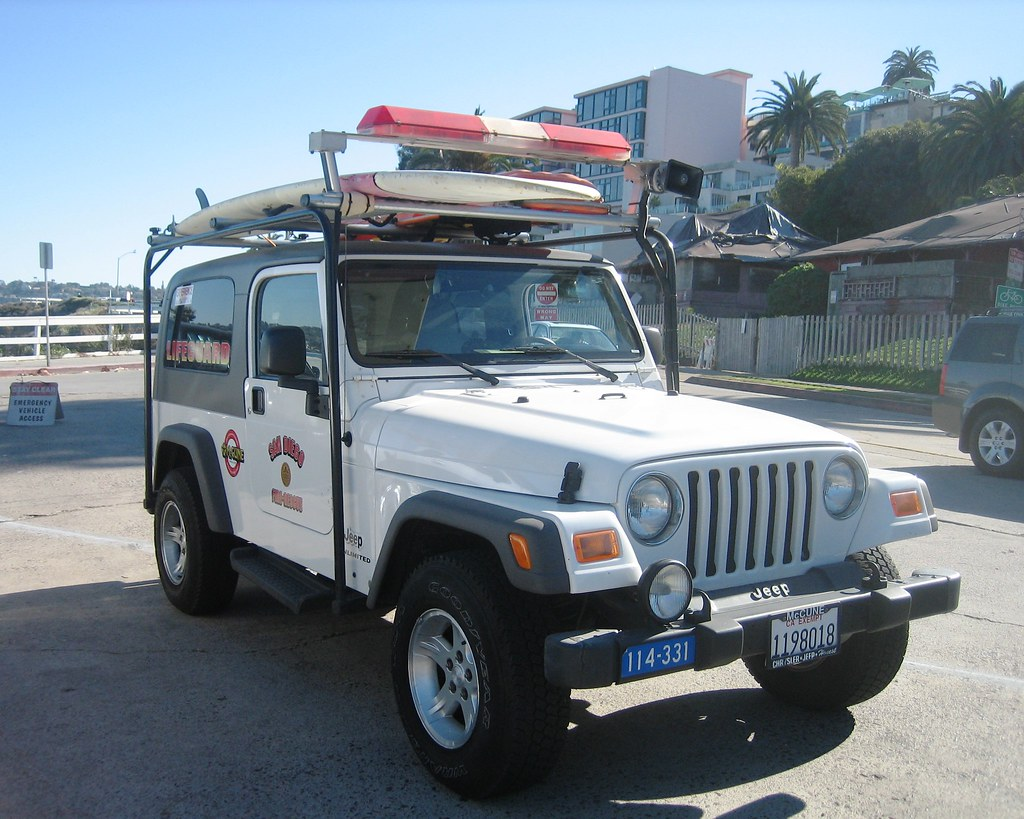 San Diego Jeep >> Lifeguard Jeep - San Diego Fire & Rescue | Standing by at th… | Flickr