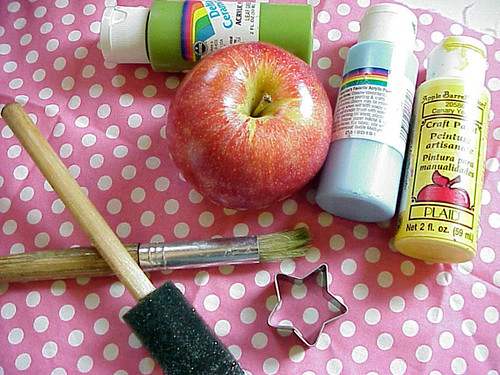 apple painting: supplies | by jessica wilson {jek in the box}