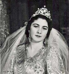 Queen Farida's wedding picture | by askamel
