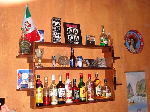 Hutch Bar And Kitchen
