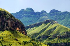 Drakensberg mountain range | by Arno Meintjes Wildlife