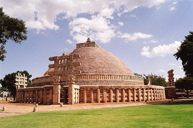 Sanchi Stupa Wallpaper Hd: Sanchi Is A Beautifully Preserved