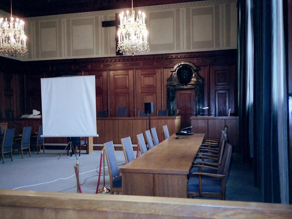 hall of justice at nuremberg rob bilson flickr. Black Bedroom Furniture Sets. Home Design Ideas