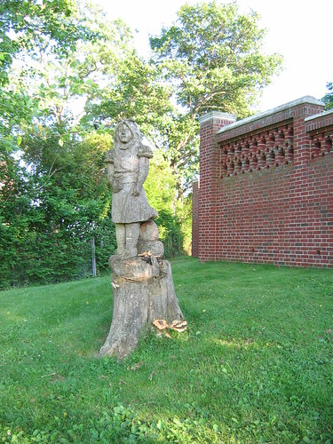 Tree Stump Statue | by Bluepeony
