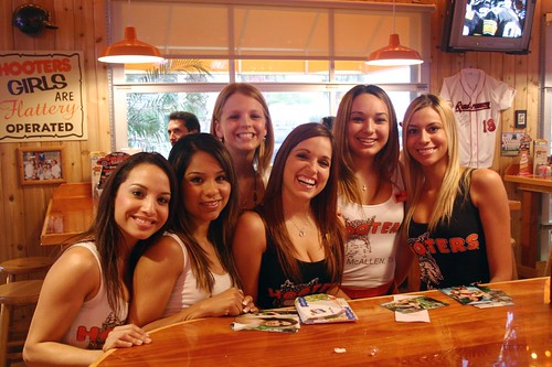 Hooters Mcallen Hooter Girls Anthony Acosta Flickr