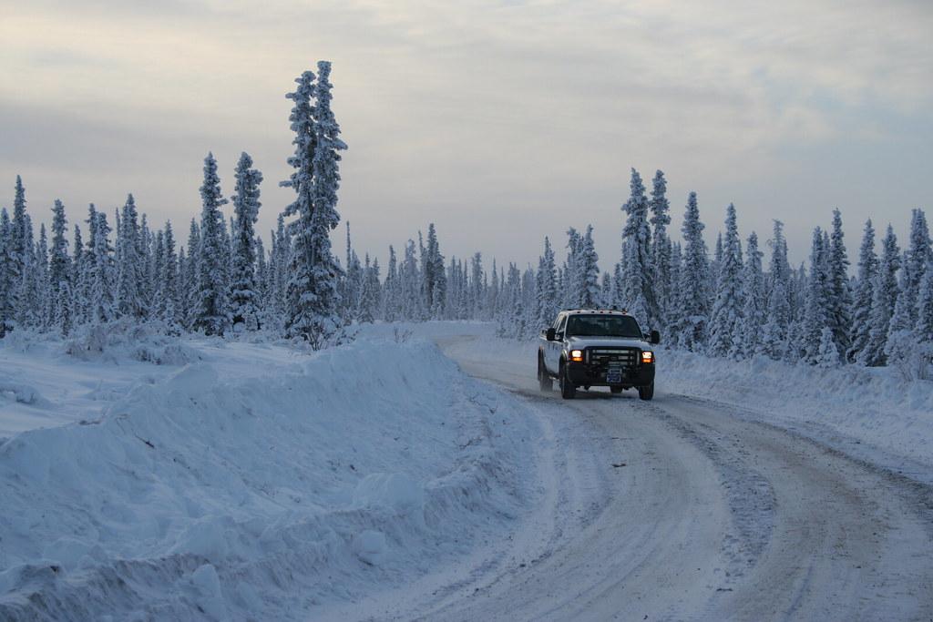 Картинки по запросу winter road car
