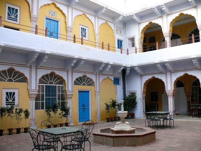 Hotel Diggi Palace Jaipur Heritage Room