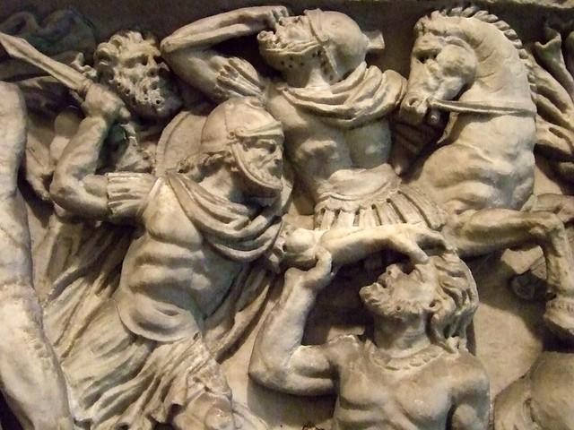 Roman Sarcophagus With Battle Scene Antonine Period 2nd Ce