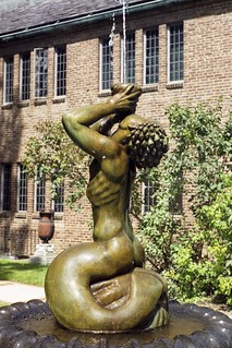 Fountain at Administration Bldg. Cranbrook Academy of Art | by pinehurst19475