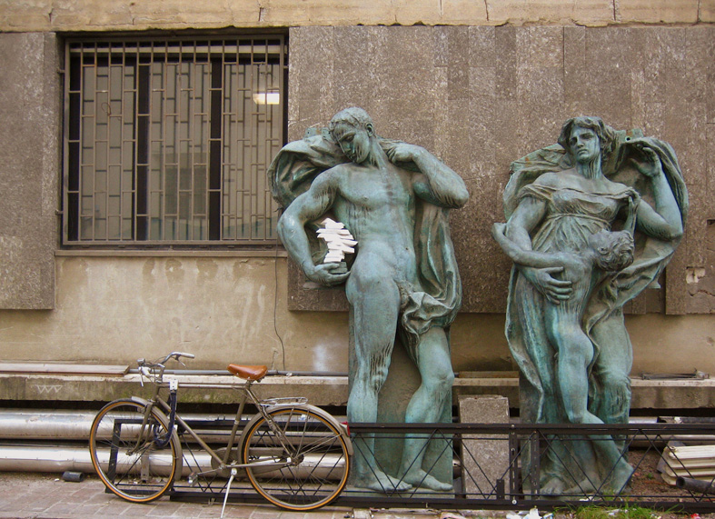"""""""Ange de la connaissance"""" à l'école des Beaux Arts de l'Université de Bologne - Photo de Meena Kadri"""