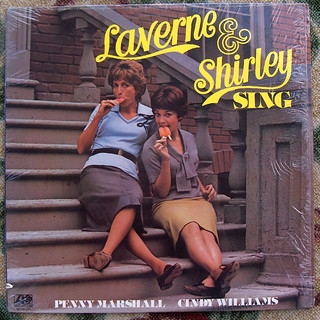 Penny Marshall & Cindy Williams / Lavern And Shirley Sing | by bradleyloos