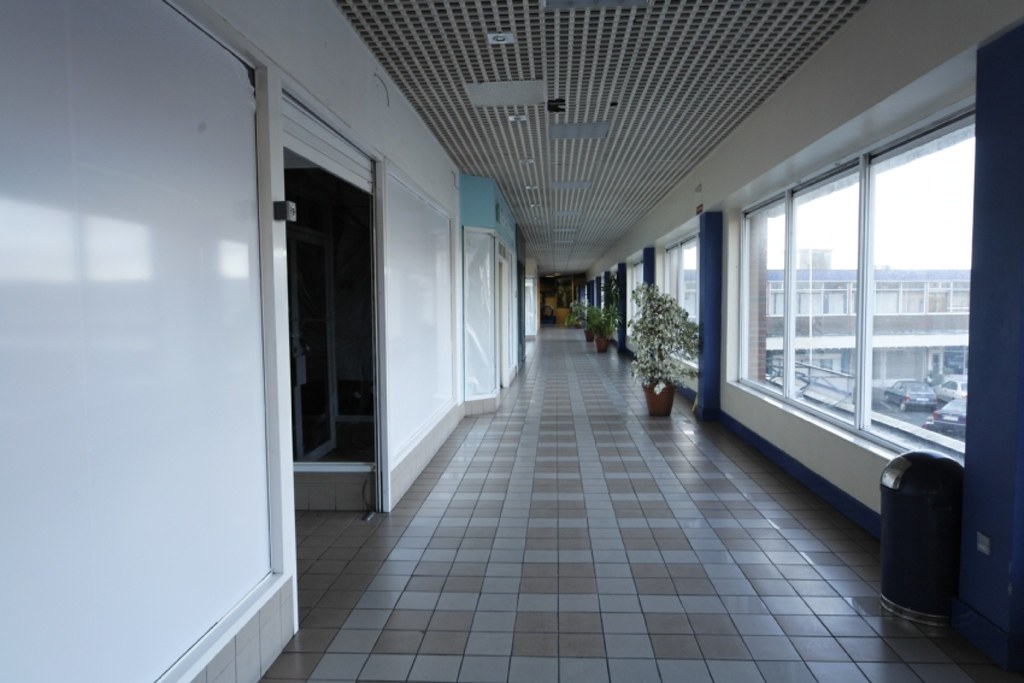 GHOST MALL 2006 002