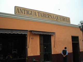 Antigua Taberna Queirolo | by TravelingMan