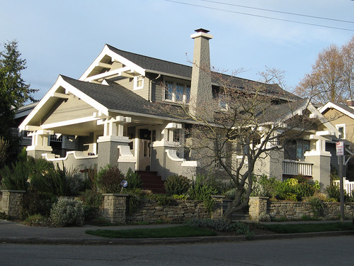 Craftsman house in seattle read more about this restored for What is a craftsman house