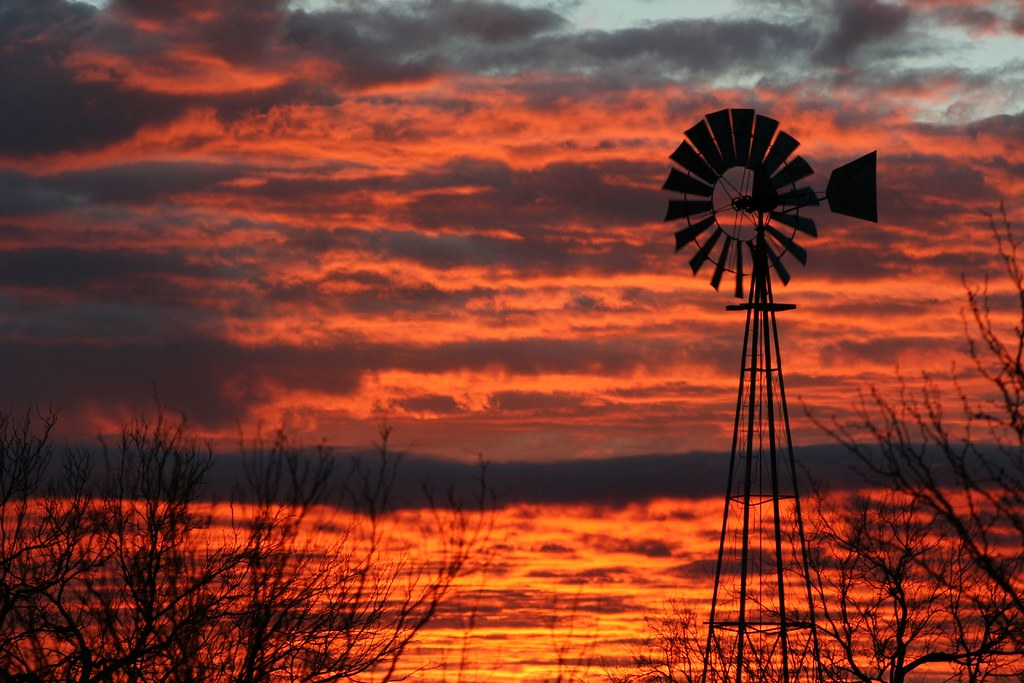West Texas Sunrise | God made this one awesome, first we hav… | Flickr
