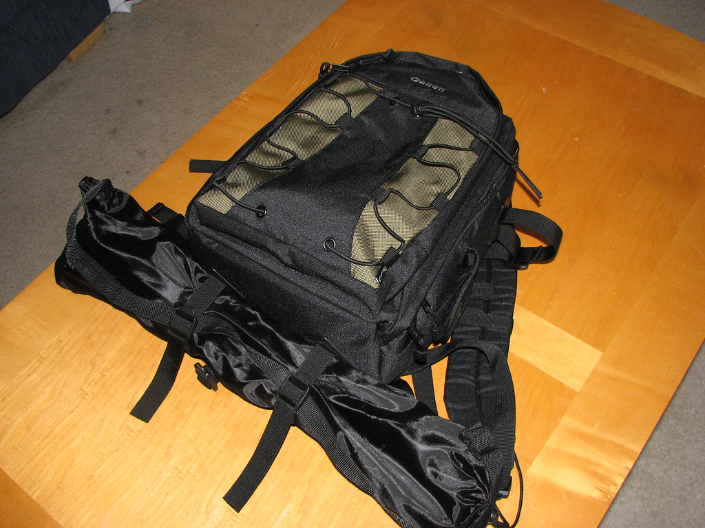 Canon Deluxe Photo Backpack 200eg With Tripod Attached Flickr