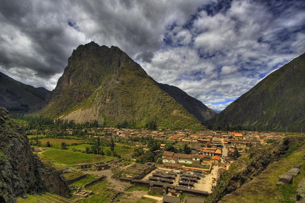 Ollantaytambo Peru Ollantaytambo Is A Town In Southern