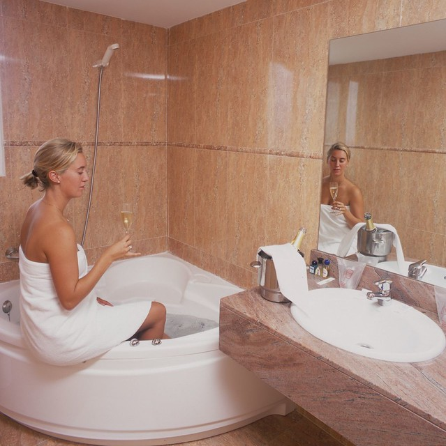 Jacuzzi Hotel Rooms In Inland Empire