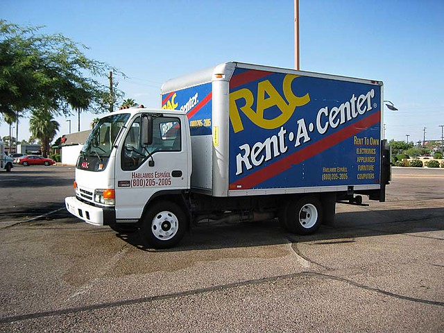 rent a center truck glendale arizona 2005 outer suburban head flickr. Black Bedroom Furniture Sets. Home Design Ideas