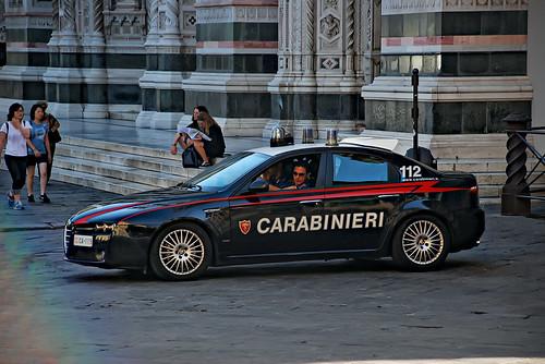 Alfa Romeo 159 Carabinieri Piazza Del Duomo Firenze Flickr