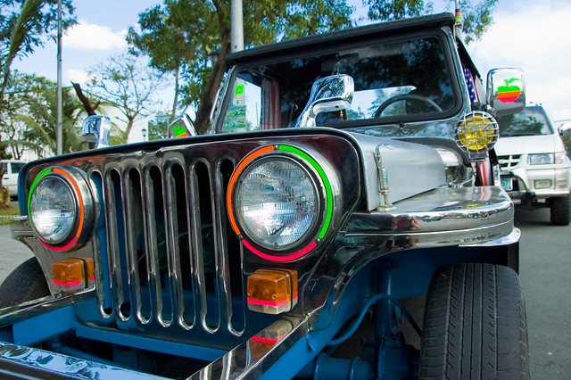 Decorating A Jeep Cherokee For Christmas